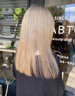春のblond hair